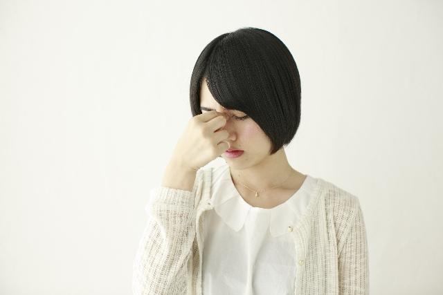 目がしょぼしょぼするのはなぜ?原因と対処法